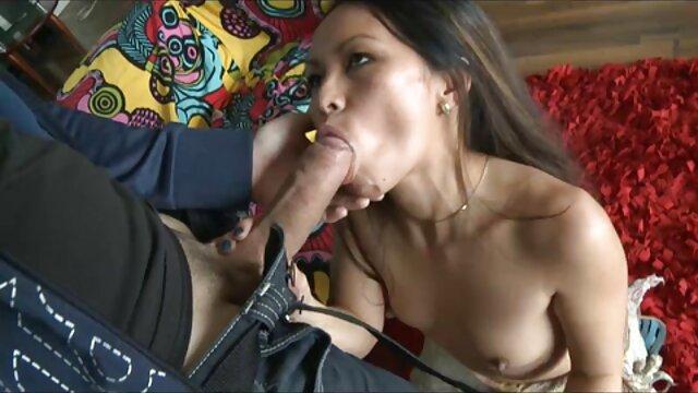 Mazina Denise - بیایید موز - بدنساز پورن کده زن