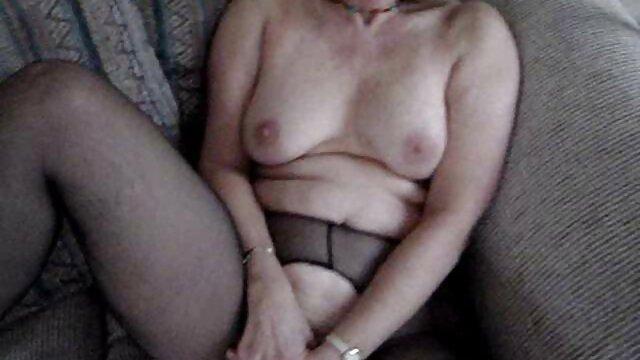 نینا لوپز یک پورن کده دیک بزرگ می گیرد