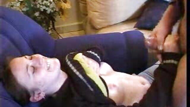 کارورزان اشتیاق لینک کانال تلگرامی فیلم سکسی برای کسب نمرات خوب اغوا می کند