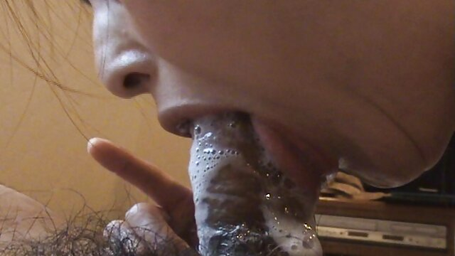 لزبین رئیس عوضی الاغ یک کارمند لینک کانال فیلم سوپرتلگرام جوان را لیس می زند