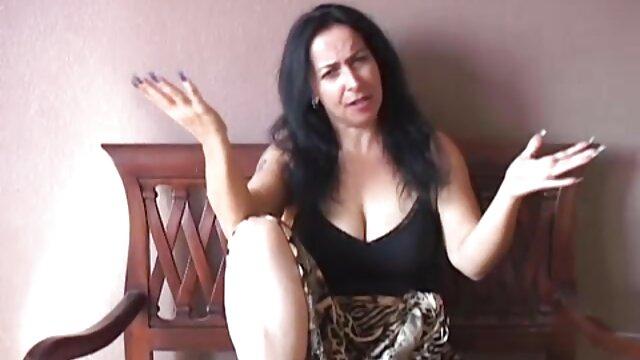 دختر بدون زین ادرس کانال تلگرام فیلم سوپر روی کاناپه می لرزد