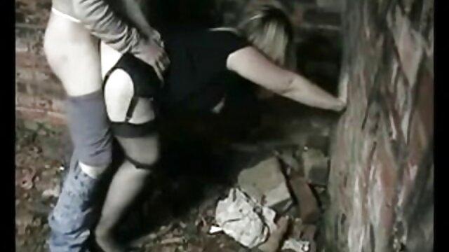 للا شاخ و شاخ کانال فیلم سک30 در اتاق افتاب افتاده است