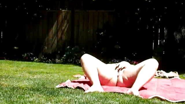 پوست - کانال سکسی شب زدگان جوانان بزرگ اسپانیایی مارس تابستان لا کرافت لعنتی در فضای باز