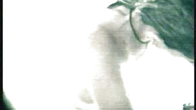 کهربا کوچک جید در روز سنت پاتریک یک مرد کانال تلگرام دانلود فیلم سوپر خوش تیپ آنلاین را در وگاس دنبال می کند